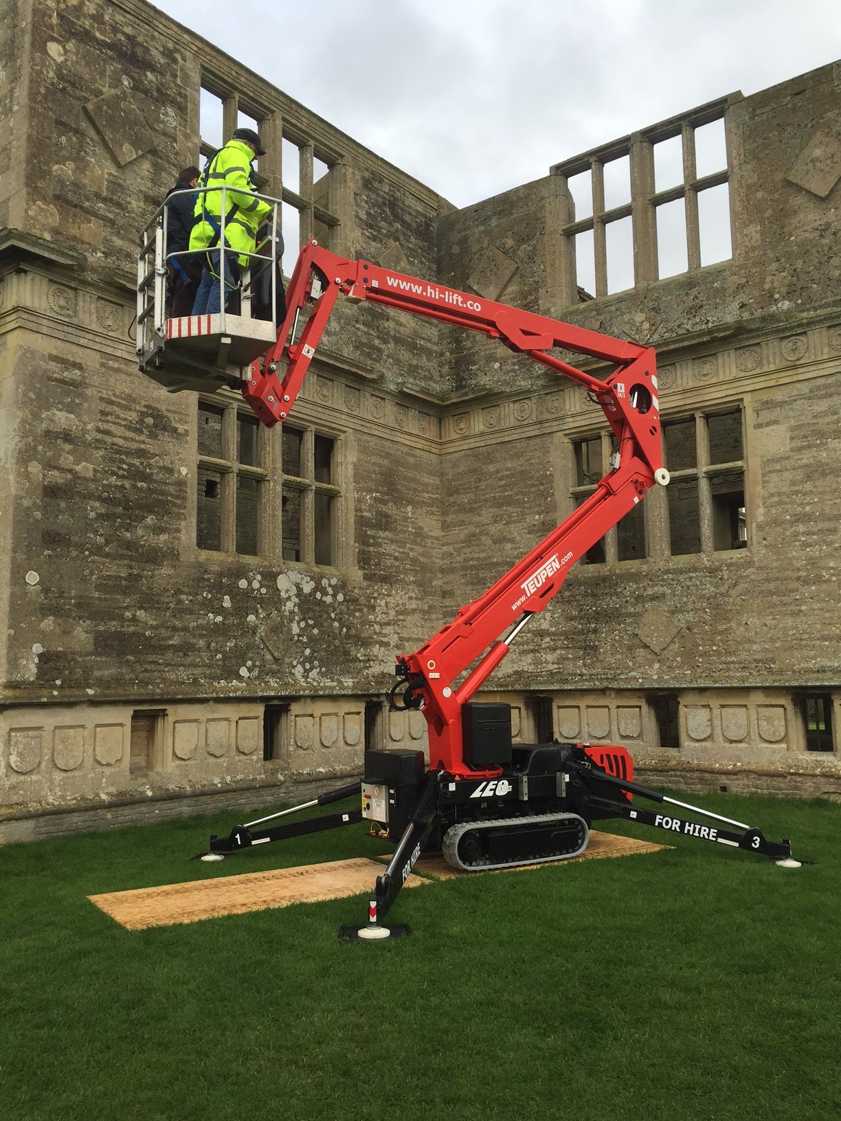 Spider Lift Hire In Chesterfield Hi Lift